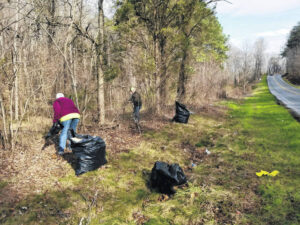 Volunteers collect 1,200 pounds of trash in Walnut Cove