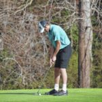 Saura golfers finish in first