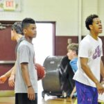 Sauras host basketball camp